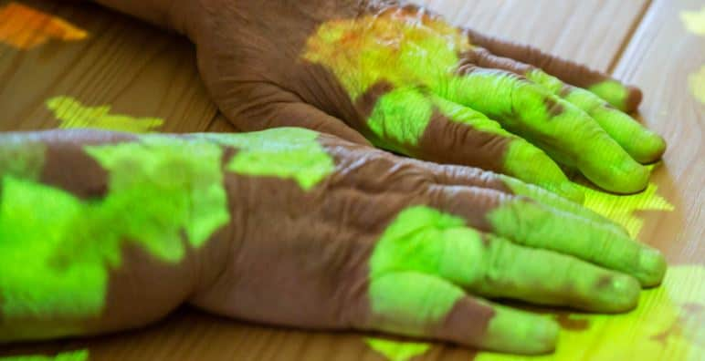 Handen voorzien van lichten